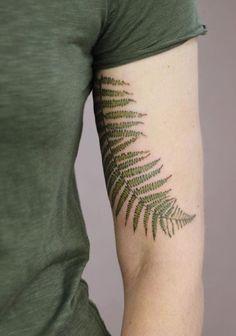 Cindy Vanschie fern tattoo