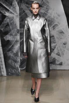 Jil Sander Fall 2016 Ready-to-Wear Fashion Show - Maartje Verhoef