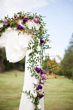 Fun, Rustic-Chic Fall Cedarwood wedding | Cedarwood Weddings