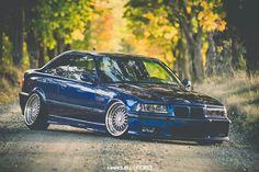 BMW E36 M3 blue stance slammed