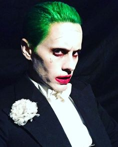 Pin for Later: Suicide Squad: All the Freaky, Fantastic Pictures of Jared Leto as The Joker  Leto caked on the makeup for this recent selfie.