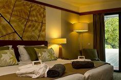 A edição 2017 do @guiaboacamaboamesa premiou o nosso Terra Nostra Garden Hotel com uma das 26 chaves de ouro.  Visite-nos em www.bensaude.pt/terranostragardenhotel e descubra porquê ;)   #chavedeouro #boacamaboamesa
