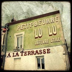 Trentemoult, façade café, Petit Beurre LU