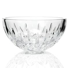 This luxurious Waterford Crystal bowl adds a classic yet relevant touch to any kitchen.