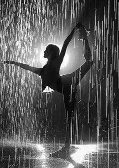 Rain Dance, Dancing In The Rain, Ballet Beautiful, Life Is Beautiful, Lights Fantastic, Love Rain, Sweet Soul, Ballet Dancers, Drawing Reference