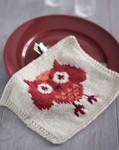 Add a whimsical touch to your Thanksgiving table decor with the Festive Owl Dishcloth. This autumnally appropriate knit dishcloth pattern is perfect for displaying all your favorite Thanksgiving side dishes, entrees, and desserts.