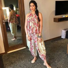 New fashion icon of Bollywood ❤️ what s your opinions about her fashion? Comments it💗 💝💝 . Frock Fashion, New Fashion, Fashion Dresses, Kurti Designs Party Wear, Kurta Designs, Indian Designer Outfits, Designer Dresses, Indian Dresses, Indian Outfits