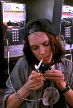 """Winona Ryder in """"Night on Earth"""", 1991 (dir. Pretty People, Beautiful People, Five Jeans, Night On Earth, Mode Punk, Winona Forever, 90s Aesthetic, Aesthetic Fashion, Foto Pose"""