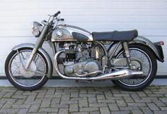1954 Norton Dominator