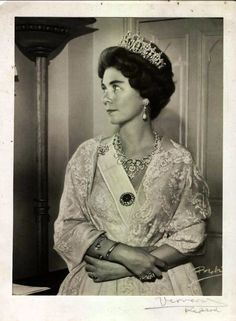 Queen Frederika of the Hellenes jewels.  The tiara is in possesion of Crown Princess Marie-Chantal of Greece and Denmark