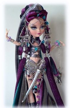 Ever After High Custom Doll Warrior Princess Custom Monster High Dolls, Monster High Repaint, Custom Dolls, Ever After High, Pretty Dolls, Beautiful Dolls, Ooak Dolls, Barbie Dolls, Ever After Dolls