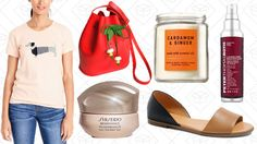 Today's Best Lifestyle Deals: Bath & Body Works, Etsy, Shiseido, J.Crew Factory, and More