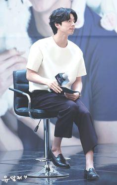 Korean Male Actors, Asian Actors, Star Awards, Film Awards, Gong Yoo Smile, Korean Military, Kyung Hee, Coffee Prince, Blue Dragon