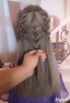 ✔️ - New Site - Nelly Kitty - Stylish Braided Hairstyles! ✔️ - New Site Stylish Braided Hairstyles! Box Braids Hairstyles, Cool Hairstyles, Elegant Hairstyles, Latest Hairstyles, Hairdo For Long Hair, Easy Hair, Curly Hair Styles, Natural Hair Styles, Breaking Hair