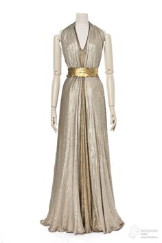 robe du soir Evening dress in gold and silver lamé, designed by Madeleine Vionnet, 1936