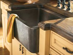 The Beauty of Copper Kitchen Sinks & love the wood(?) counter