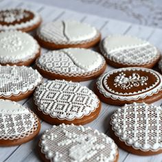 Adina – medovníky – Dekoratívne a umelecké ručne zdobené medovníky Pie In The Sky, Sugar, Cookies, Desserts, Food, Crack Crackers, Tailgate Desserts, Deserts, Biscuits