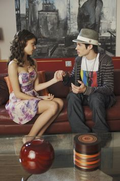 Photo of Sarah Hyland in Geek Charming, photo 12 of 16 - New Disney Channel Movies, Old Disney Movies, Disney Channel Original, Disney Channel Stars, Original Movie, Old Movies, Ice Princess Movie, Classy Outfits, Girl Outfits