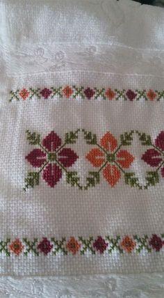 Cross Stitch Borders, Cross Stitch Samplers, Cross Stitch Flowers, Modern Cross Stitch, Cross Stitch Charts, Cross Stitch Designs, Cross Stitching, Cross Stitch Embroidery, Embroidery Patterns
