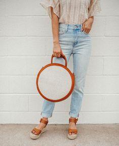 Spring Trend: Round Handbag | LivvyLand