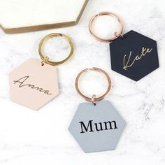 Looking for personalised accessories? Our Personalised Matt Hexagon Keyring will keep all of your keys in order. Personalized Wedding Gifts, Personalized Necklace, Personalised Christmas Gifts, Diy Clay, Clay Crafts, Clay Earrings, Polymer Clay Jewelry, Personalised Keyrings, Top Wedding Trends