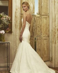 The profile on our Jimmy gown will show off all of your curves! #instoresnow #jimmygown #lace #laceweddingdress #weddinggown #bride #bridestyle #bridalfashion #bridalgown #bridaldress #engaged #justengaged #weddingfashion #isaidyes #prettypearbride #instabride #robertbullock #robertbullockbride