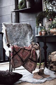 Street Scene Vintage: Home Decor Inspiration: Get Cozy!