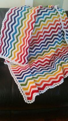 Ripghan von Rainbow ripple blanket!