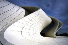 Omstreden gebouw Zaha Hadid wint 'Design of the Year' - De Standaard: http://www.standaard.be/cnt/dmf20140701_01163054