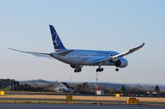 #Boeing 787 #Dreamliner @LOT Polish Airlines in #Airport #Gdansk; photo: Łukasz Ggag