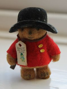 1970S MINIATURE PADDINGTON BEAR.....wow I had one of these, had forgotten all about them! :)