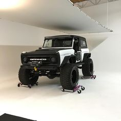 "6,460 Likes, 262 Comments - Rockstar Garage (@rockstargarage) on Instagram: ""Dang barely fit but @coronaphotostudios is getting it all shot up! #rockstarbronco #photoshoot"" Small Suv, Monster Trucks, Website, Link, Vehicles, Rolling Stock, Cars, Vehicle"