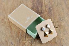 New Jewerly Packaging Diy Bijoux Ideas Box Branding, Brand Packaging, Gift Packaging, Packaging Ideas, Design Packaging, Product Packaging, Jewelry Packaging, Jewelry Branding, Branded Jewellery