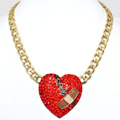 Broken Hearted Necklace / PrissyBliss