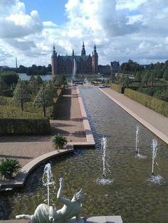 Helsingor, Denmark, Sidewalk, Side Walkway, Walkway, Walkways, Pavement