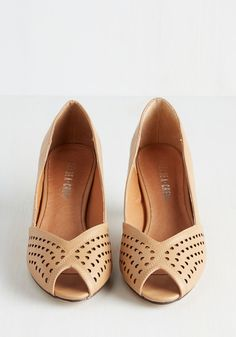 An Elegant Occasion Heel in Camel