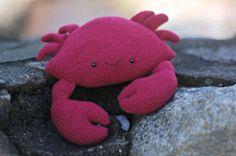 Este caranguejo de feltro é simpático, fofo e diverte facilmente as crianças (Foto: whileshenaps.com)