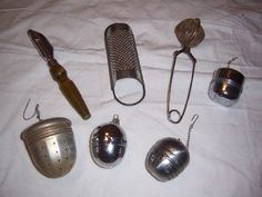 Genial Lot Of 7 Vintage Kitchen Gadgets, Teaballs, Nutmeg Grinder And More