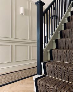 Black Painted Stairs, Black And White Stairs, White Hallway, Front Hallway, Stair Paneling, White Paneling, Wall Panelling, Cheap Dorm Decor, Hallway Designs