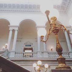 Leipzig Empfangshalle   #germany #leipzig #architecture #archifruit #instagood #travelgood #travel #traveladdiction #reiselust #reisesucht #university #library #bright #side #of #life #light #monument #white #gold