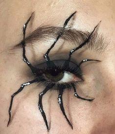Looking for for inspiration for your Halloween make-up? Navigate here for creepy Halloween makeup looks. Sfx Makeup, Costume Makeup, Makeup Eyes, Zombie Makeup, Makeup Remover, Face Makeup Art, Creepy Makeup, Makeup Inspo, Makeup Inspiration