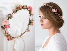 *- EINE BLÜTENPRACHT FÜR BRÄUTE UND FEEN: Blumen als Haaraccessoires -*  Perfekt für eine Romantische-Hochzeit, im Sonnenschein, bei Festen openair, Oktoberfest, Fotoshooting und hübsch für viele...
