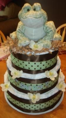 Froggy Diaper Cake: This Frog themed diaper cake was a delight to make and looked beautiful. I wanted to use Size 2 & 3 diapers so it could be displayed for awhile before