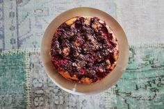 Sommerkake med bær & mørk sjokolade — Happy Food Stories