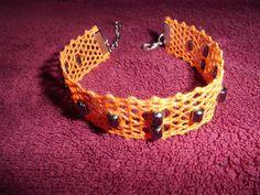 KC29 - handgeklöppeltes Armband mit Hämatitperlen von Kreative Klöppelideen auf DaWanda.com