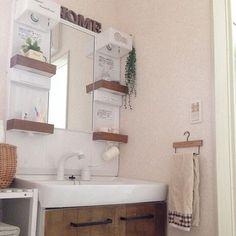 Bathroom/ダイソー/植物/洗面所/100均/手作り...などのインテリア実例 - 2014-06-25 05:01:42 Bathroom Storage, Double Vanity, Diy Home Decor, Toilet, Bathtub, Interior, House, Diy, Bathroom Vanity Cabinets