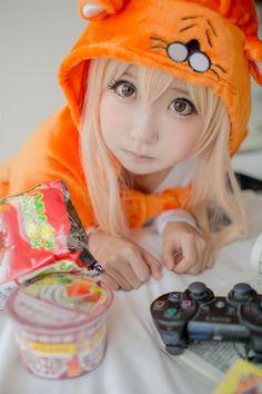 Anime-Cosplay-Anime-Himouto!-Umaru-chan-2355453.jpeg(JPEG 图像,1365x2048 像素) - 缩放 (37%)