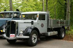 ○ •♥•  Saurer-S4C-45K BJxxxx Wegmühle-CH •3♥65•  #Saurer+S4C+45K  #CH #Oldtimer #Adolf_Saurer_AG Classic Trucks, Old Trucks, Tractor, Jeep, Transportation, Busse, Nice, Rat Rod Trucks, Van