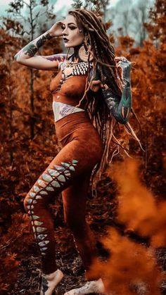 MMS Probably the most renowned hair add-ons pertaining to early spring can be hair restaurants! Native American Girls, Native American Beauty, Fantasy Women, Fantasy Girl, Body Art Tattoos, Girl Tattoos, Costume Viking, Portrait Photos, Goth Beauty