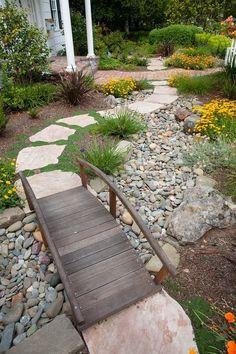 Resultado de imagen para stone garden decor